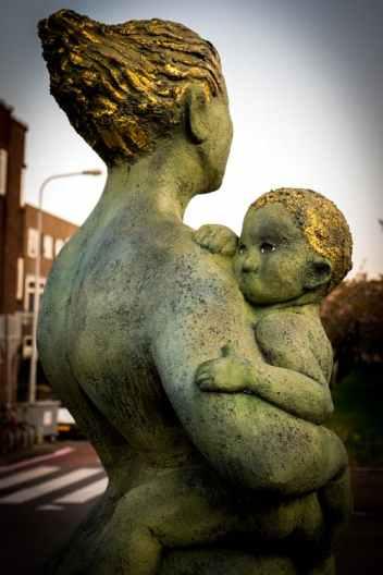 MotherStatue